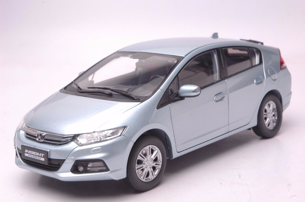 1:18 Diecast Model for Honda Insight Hybird Silver Sportback Alloy Toy Car Miniature Collection Gifts CRV CR V 1 18 diecast model for honda crider 2016 white sedan alloy toy car miniature collection gifts crv cr v