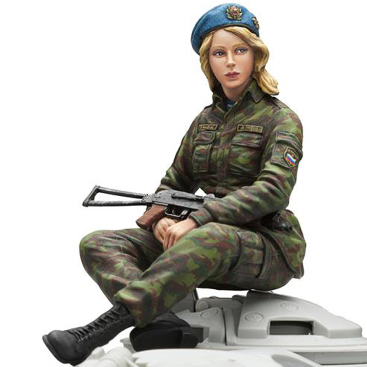 1/16 Resin Figures Soldiers Kit Russian Woman Infantry (without Tank)unpainted And Unassembled 454G