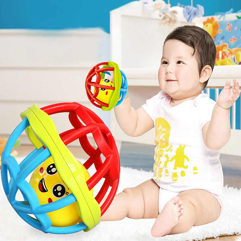 Детские игрушки Забавный маленький громкий Jingle мяч детские игрушки для ванной умная тренировка захватывающая способность переносные погремушки детские игрушки 0-12 месяцев