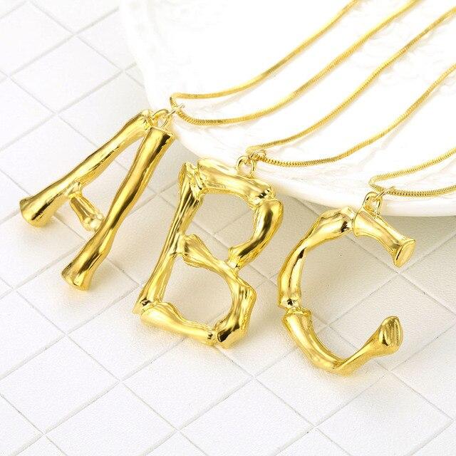Nuevo collar con letra grande para mujer, de Color dorado con alfabeto collar largo, joyería hipérbole, regalos para Bestfriend, Bisutería