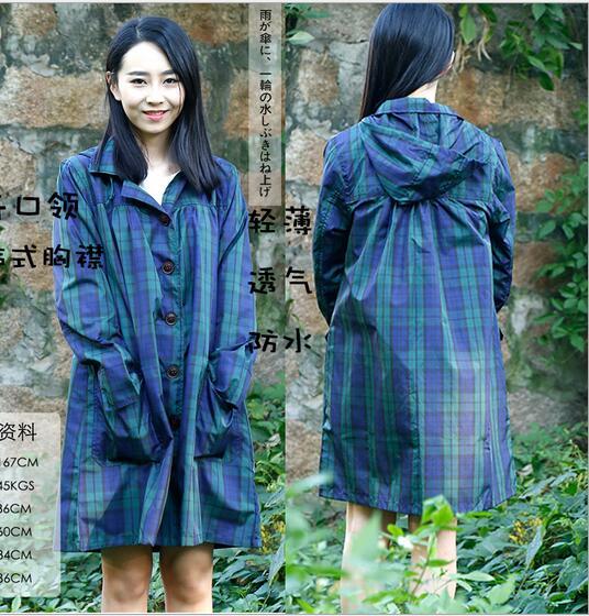 Free shipping women's Raincoat fashion female check models rainwear in a bag women poncho Senhorita capa de chuva