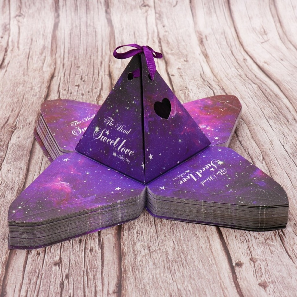 50pcs Kraft DIY paper Purple Triangular Gift Box with Starry Sky Wedding Candy Box Favors and Gifts Bag Party Decorations