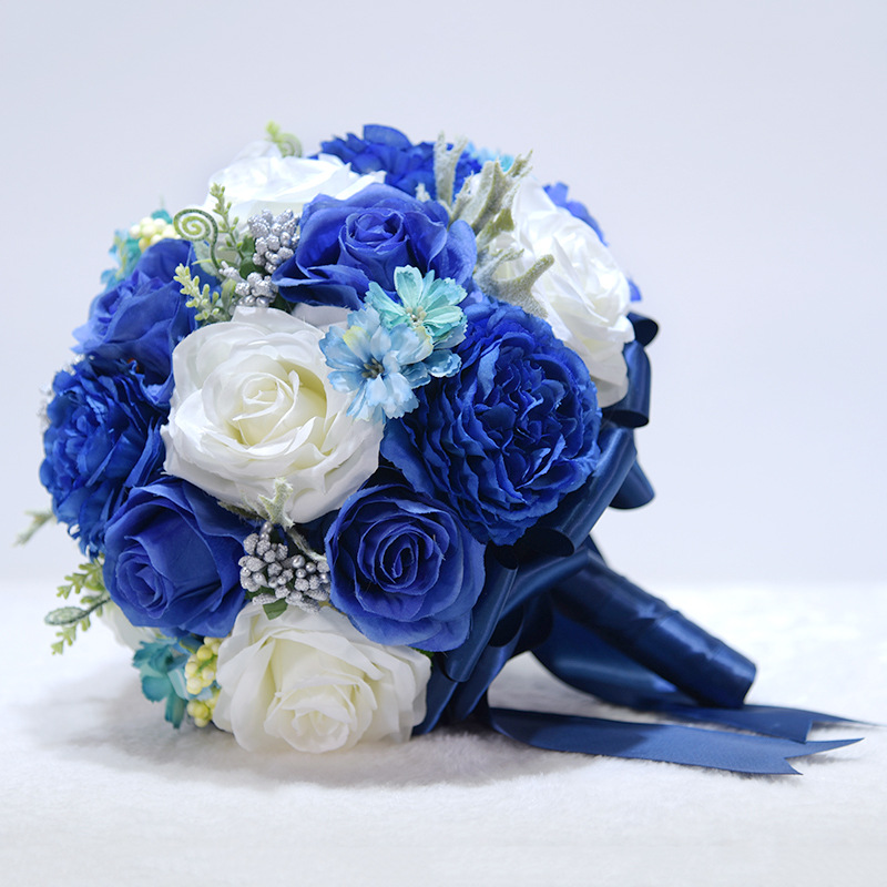 Купить с кэшбэком JaneVini 2020 New Royal Blue Flowers Silk Wedding Bouquet for Brides Artificial Rose Crystal Bridal Bouquet Holder Blumenstrauss