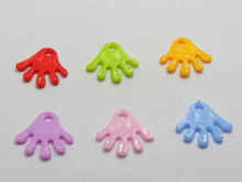 200 Mixed Color Plastic Cute Hands Charms Pendants