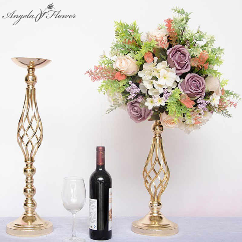 Wrought iron candlestick hollow artificial flower stand European romantic creative ornaments wedding props candlestick road lead