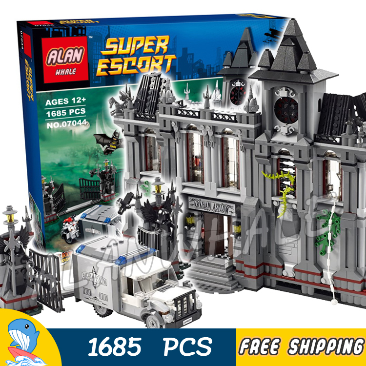 1685pcs Super Heroes Batman Movie Arkham Asylum Breakout Madhouse 7124 Model Building Blocks Toys Bricks Compatible With lego new 1628pcs lepin 07055 genuine series batman movie arkham asylum building blocks bricks toys with 70912 puzzele gift for kids