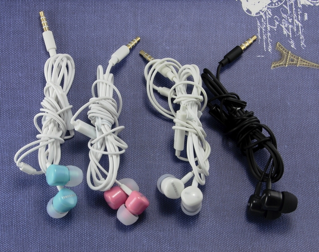 NEW SAMSUNG EHS 62 IN EAR STERO HANDS FREE EARPHONE 4 COLOUR