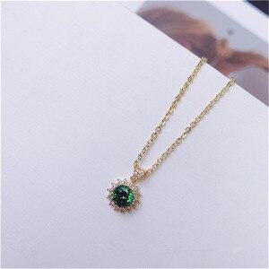 Image 5 - Vintage Natürliche Smaragd Halskette Anhänger Für Frauen 100% 925 Sterling Silber Grün Edelstein 18K Gold Schlüsselbein Kette Feine Schmuck