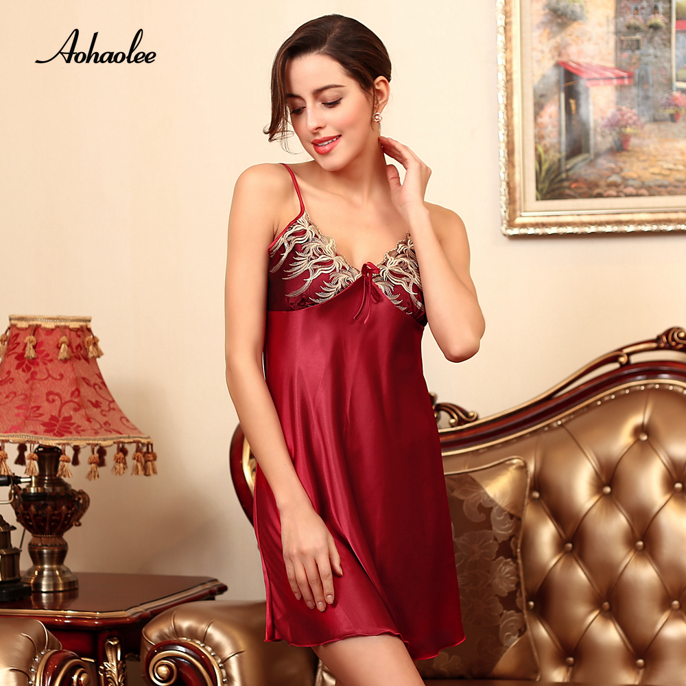 Women's Silk Satin Nightgown Deep V-neck Backless Nightwear Nightdress Sexy Robe Home Clothing Sleepshirts For Women's Sleepwear