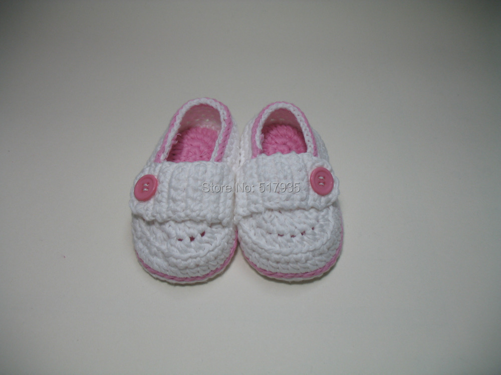 free shipping,handmade crochet baby shoes 100% cotton.Double soles,baby Crib Shoes Houseshoes white with pink bordered