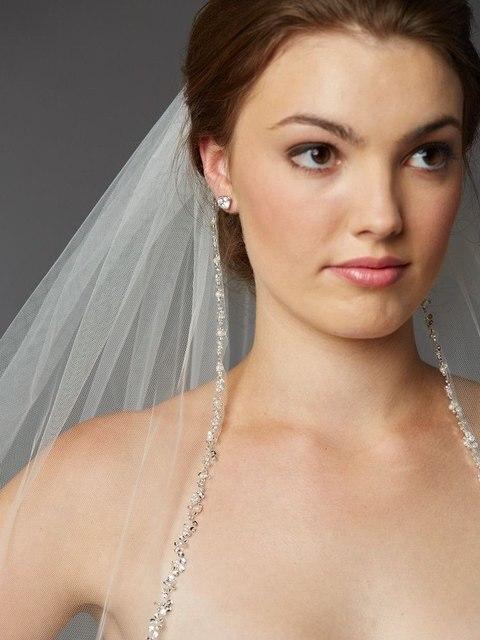 Pearls Rhinestones Wedding Veils High Quality Long Bridal Veil Custom Mantilla Cathedral Width Beading Edge Bride Veils V727
