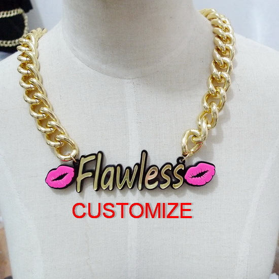 Sexy Chunky Gold Chain Customized Acrylic Necklace Fashion Woman Necklace Pendant with Hot Pink Lips