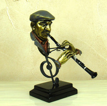 Abstract Flute Player Sculpture Handmade Resin Piper Musician Sculpture Decoration Art and Craft Present Ornament Accessories