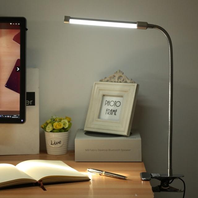 Venda quente 5 W LED Desk Lamp Lâmpada de Leitura de Mesa Flexional estande clipe desk lamp luminaria novelty presente para estudante de moda Sliver