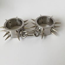 Секс Инструменты для продажи с колючей сексуальный дизайн наручники секс-игрушки БДСМ фетиш бондаж комплект секс-игрушки для взрослых для обувь для мужчин и женщин.