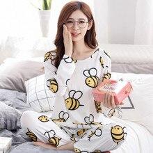2017 Women long sleeved pajamas set Spring and autumn girls cartoon sleepwear lady bee print homewear