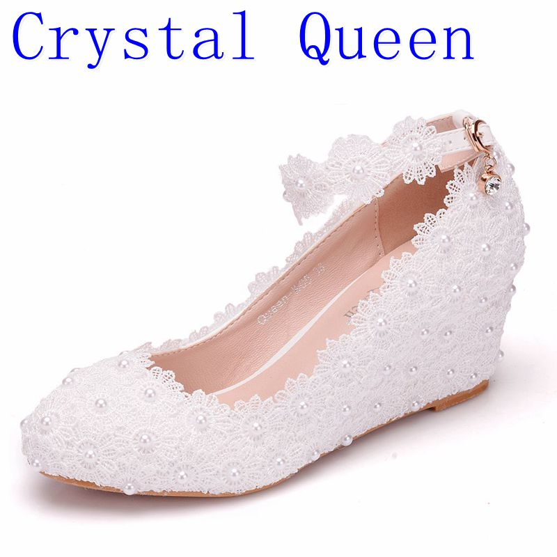 Crystal Queen White Flower Wedding Shoes Lace Pearl High Heels Sweet Bride  Dress Shoes Beading Wedges Shoes 5CM Women Pumps 558e6df66623
