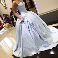 Light Sky Blue Satin Ball Gown Prom Dresses 2017 Vestido Fiesta Concise Sweetheart Long Formal Gowns