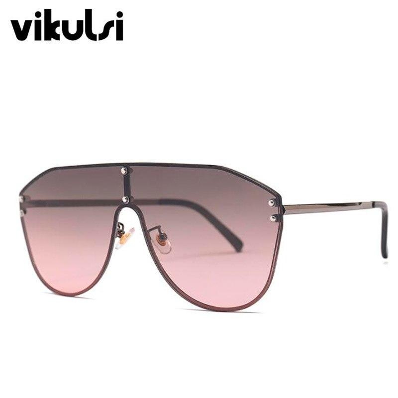 D976 grey pink
