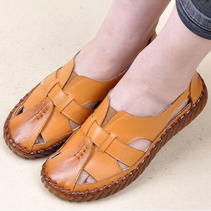 Image 4 - BEYARNE   Sandals 2018 Summer Genuine Leather Handmade Ladies Shoe Leather Sandals Women Flats Retro Style Mother Shoes