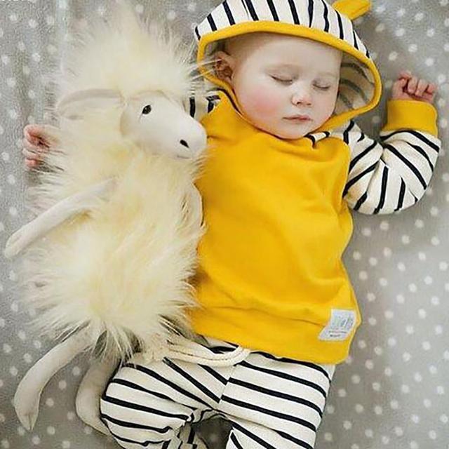 Novas Crianças Outfits Treino Roupas Crianças Hoodies + Crianças Calças crianças Esporte Terno roupas de bebê Roupas Das Meninas Dos Meninos Definir F2