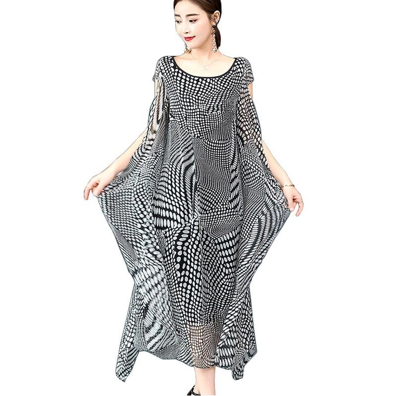 Vintage elegant silk dress female 2018 summer loose plus size ruffle long maxi dresses for women black white dot print vestidos