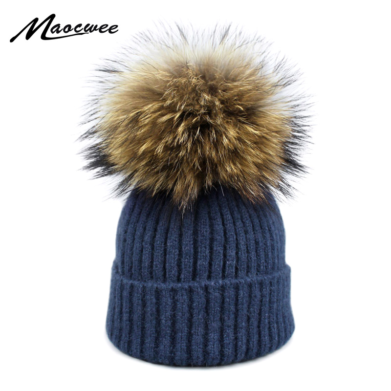 2018 Raccoon Fox Fur Pom Poms Hat Female Women Warm Knitted Casual High Quality Vogue Winter Hats   Skullies     Beanies   Bones Gorros