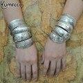 Антикварные тибетские серебряные браслеты - фото