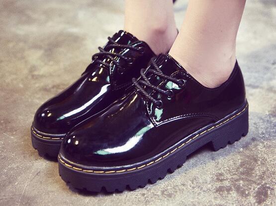 Hot new grand ji 2017 punta redonda de la vendimia de las mujeres oxfords zapatos planos de corea del cuero de la pu de las mujeres de la plataforma zapatos otoño botines