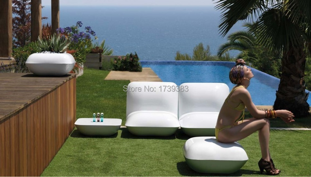 Salon piscine et jardin excellent stand rves dueau salon for Meuble piscine jardin