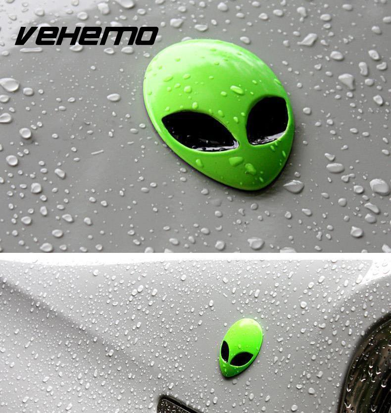 1 Piece Full Metal 3D Alien Head Auto Car Decals Sticker Badge Emblem Green