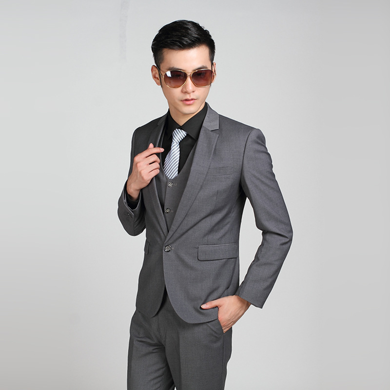 Charcoal Gray Suit Wedding - Ocodea.com