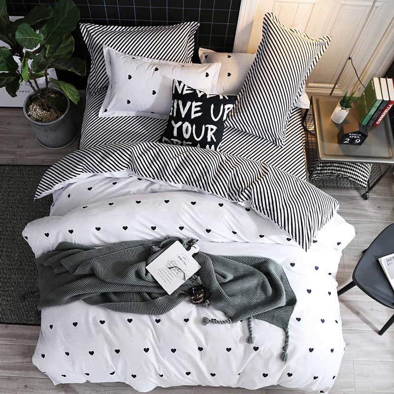 Pillowcase size 70*70cm bedding sets  Plaid Dry Breathable Duvet cover set pillowcase flat sheet King Queen Full Twin size
