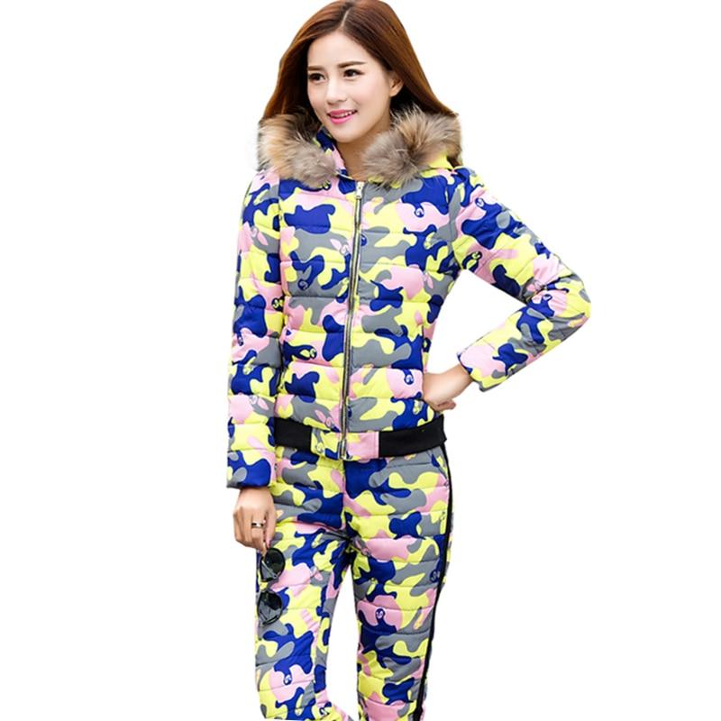 Hiver femmes Camouflage à capuche fourrure col chaud vers le bas deux pièces ensemble Autum survêtement vers le bas coton manteau pantalon pour femme A91002