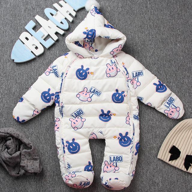 2017 bebé ropa de invierno traje para la nieve pluma de una pieza del mono del mameluco recién nacido ropa de abrigo gruesa pato abajo outwear con capucha