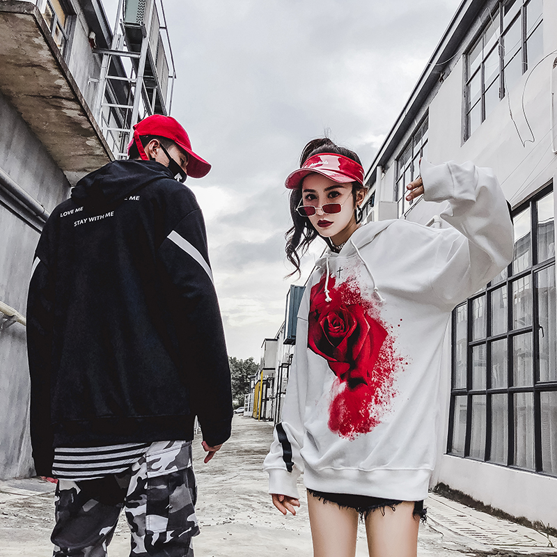 Autumnwinter 2018 roses printed hip-hop hoodie for women