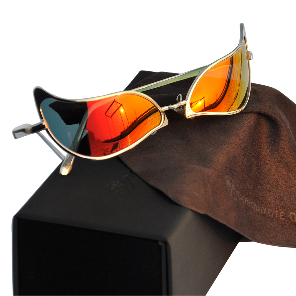Limited Anime One Piece Donquixote Doflamingo Joker Sunglasses Men Women cosplay Accessories Glasses 3 Colors