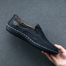 High Quality Genuine Leather Men Shoes Soft Moccasins Loafers Fashion Brand Men Flats Comfy Driving Shoes Big Size 39-48