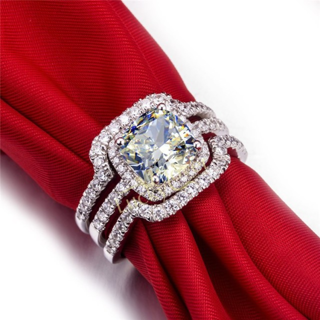 Noble Style 1CT New Design Cushion Cut Synthetic Diamonds Engagement Wedding Ring For Wife Graceful Jewelry