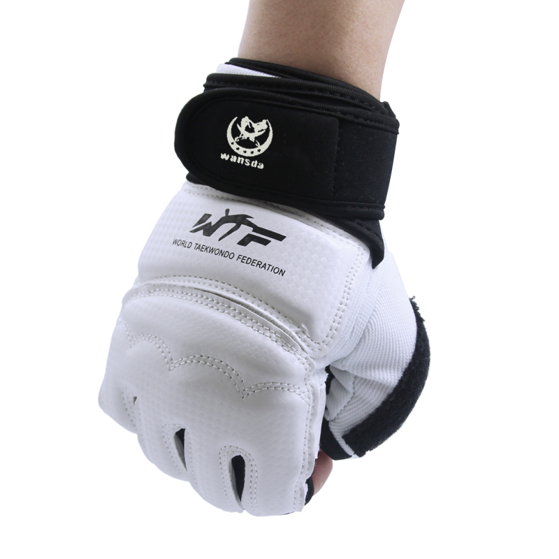 New Kick Boxing Gloves MMA Gloves PU Leather Muay Thai Training Gloves MMA Boxer Black White Fight Boxing Equipment Half Mitts все цены