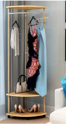 Household multi-functional mobile landing hanger. The bedroom clothes tree.