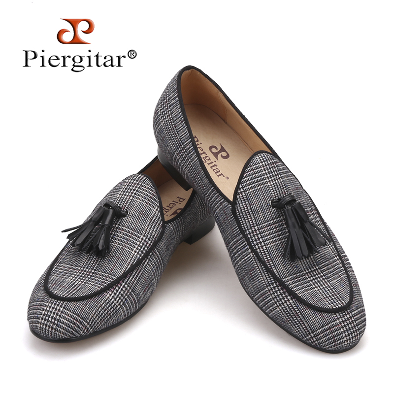 Pierigtar 2018 new design Handmade men's loafers with leather tassel and leather insole Fashion party men casual shoes plus size