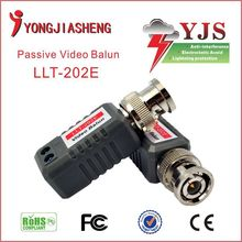 Free Shipping Twisted CAT5 TO BNC Passive Video and Power Balun Transceiver for CCTV Camera UTP Video Balun