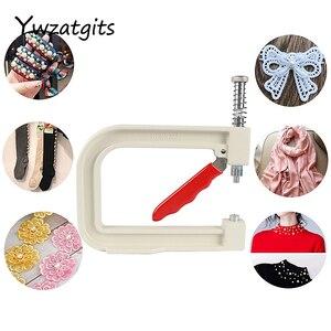 Image 4 - Ywzatgits 1 مجموعة تحديد أداة الخياطة اللؤلؤ حبة إرفاق آلة للملابس/لوازم الملابس YJ0229