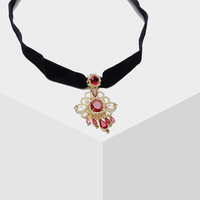 Amorita boutique Retro pop pendant with detachable crystal collar necklace