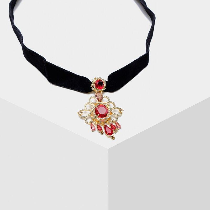 Pendentif pop rétro Amorita boutique avec collier en cristal détachable
