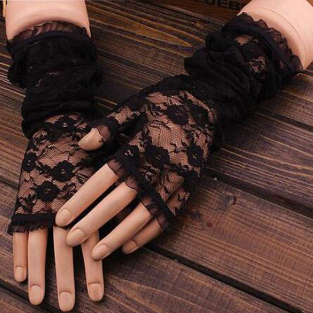 Fingerless gloves for sun protection - New Hot Long Lace Hollow Out Fingerless Gloves Skid Resistance Pattern Lace Fingerless Gloves Sun