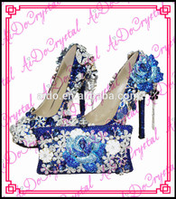 Aidocrystal blue rose elegant dress shoes/Blue wedding shoes and matching bag for Ladies from China