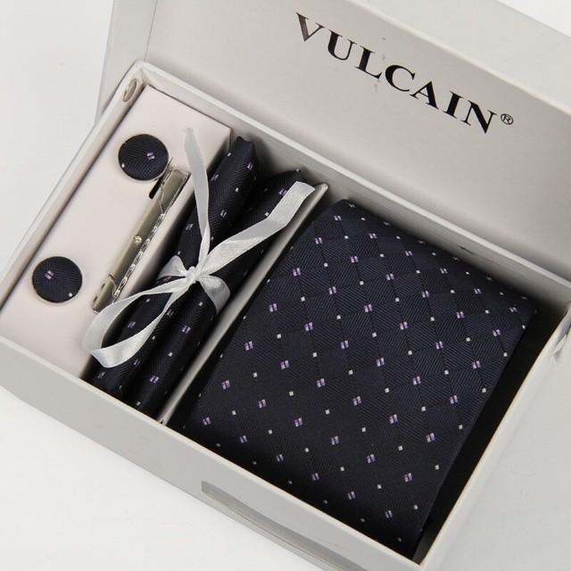 2015 azul marinho Branco dot gravatas + lenço e abotoaduras & prendedor de gravata com caixa de presente 5 conjuntos gravata gravatas gravatás lotes