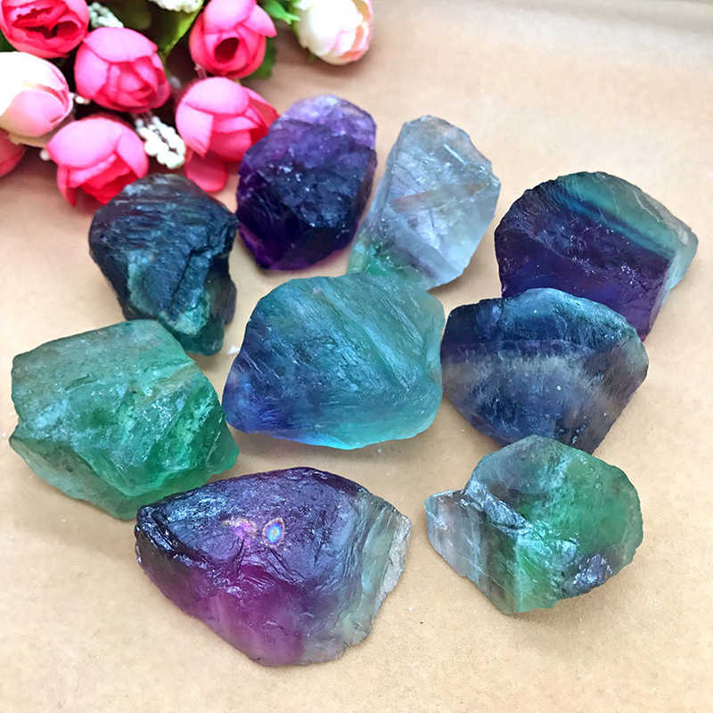 Natural Fluorite Quartz Crystal Stone Ornament Original Stone Treatment Stone Point Healing Wand Household Decor 1.5-5cm